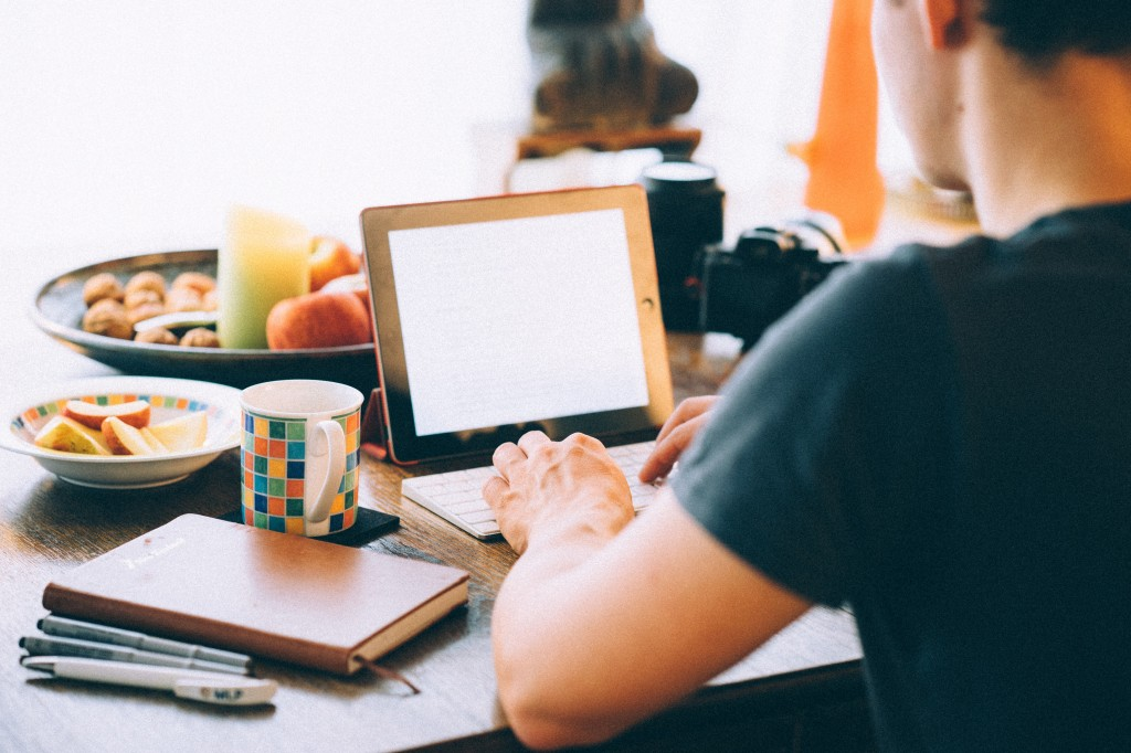 How to Get an Online Remote Writing Job — Remote Habits